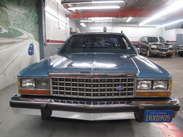 Used 1986 ford crown victoria lx at aaa motor cars for Crown motors used cars