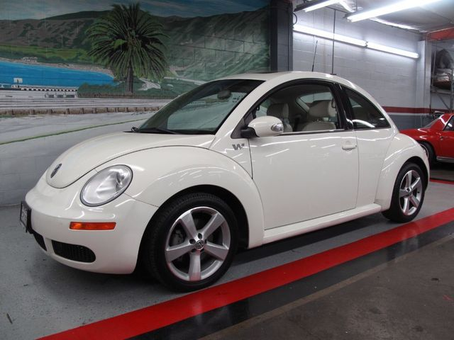 used 2008 volkswagen new beetle coupe triple white at aaa motor cars. Black Bedroom Furniture Sets. Home Design Ideas