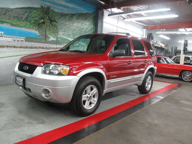 Used 2005 ford escape hybrid at aaa motor cars for Motor ford escape 2005