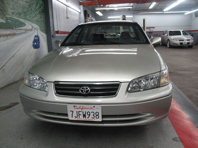 used 2000 toyota camry xle at aaa motor cars. Black Bedroom Furniture Sets. Home Design Ideas