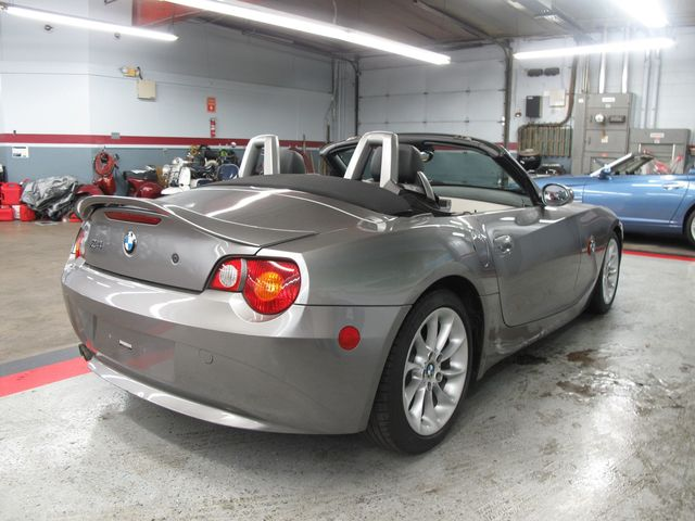 Used 2004 Bmw Z4 2 5i At Aaa Motor Cars