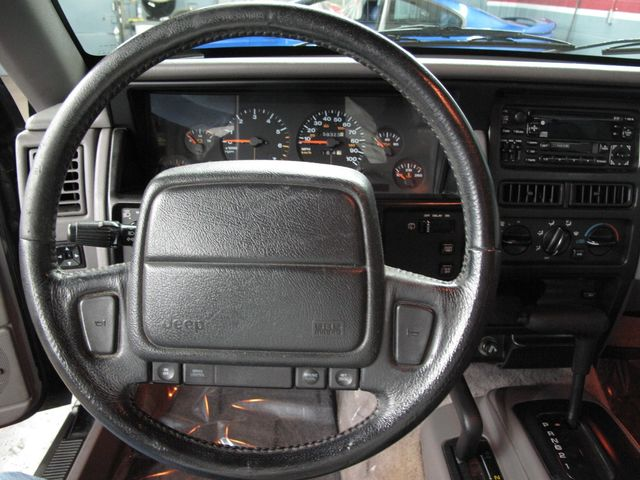 ... 1995 Jeep Grand Cherokee Laredo ...