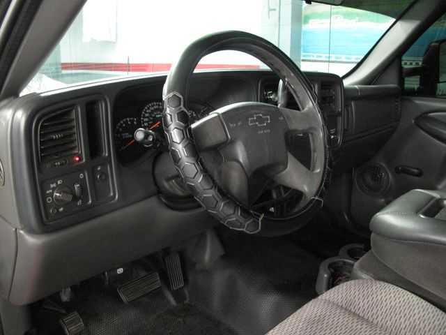 2005 Chevrolet Silverado 2500HD Work Truck